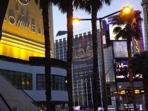 A very nice Sin City cityscape - Royal Hopper