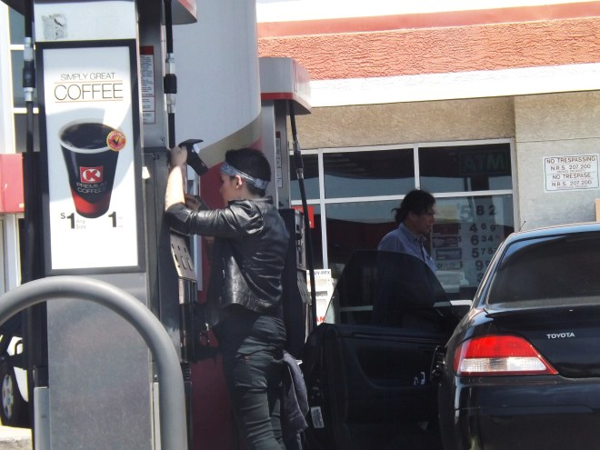 Getting gas in the City of Sin _ Royal Hopper