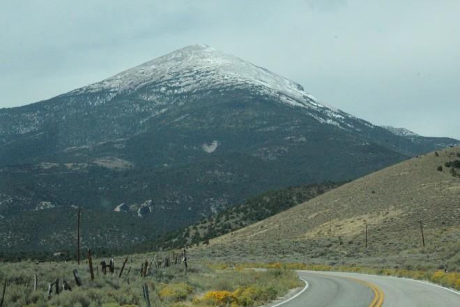 mountain in utah.JPG